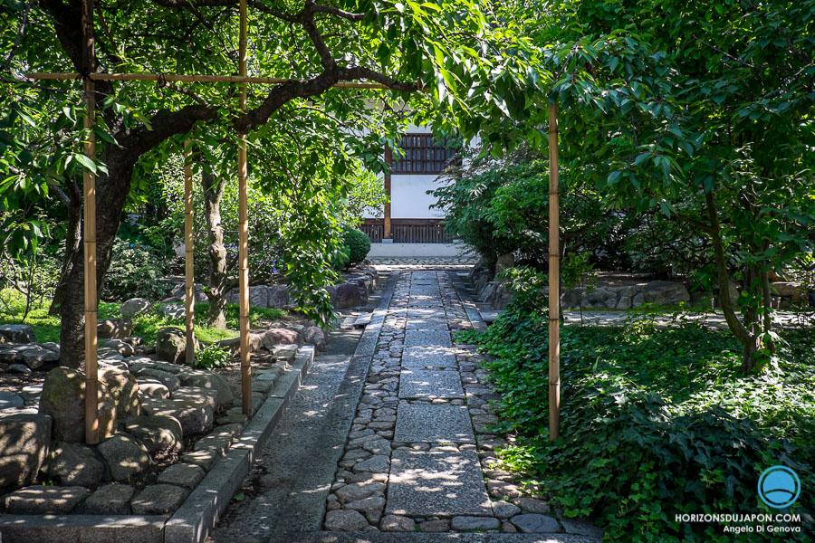 Entree de temple